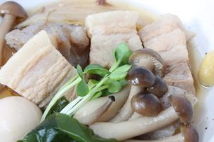 豚の角煮の写真素材 [FYI00090653]
