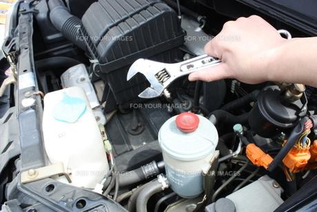 車修理の写真素材 [FYI00090694]