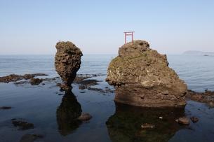 えびす岩と大黒岩の写真素材 [FYI00090820]