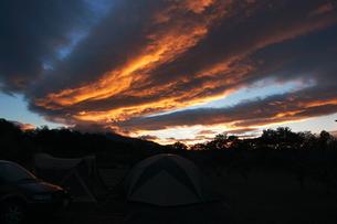 夕焼け雲の写真素材 [FYI00090838]