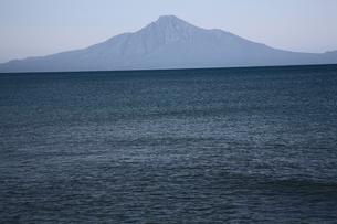 稚内浜勇地から望む利尻山の写真素材 [FYI00090868]