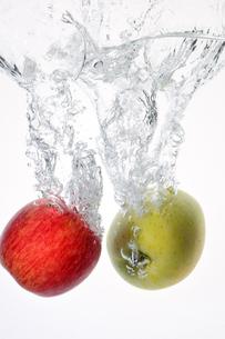 Apple Splash !の写真素材 [FYI00091530]