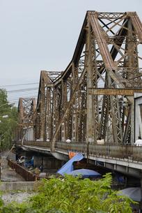 ハノイの鉄橋の写真素材 [FYI00091848]
