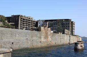 軍艦島上陸ツアーの写真素材 [FYI00091914]