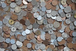 沢山の硬貨の写真素材 [FYI00092000]