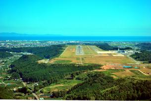 静岡空港12番滑走路の写真素材 [FYI00092315]