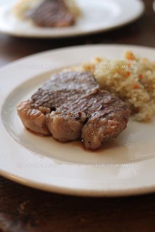 ステーキの素材 [FYI00092404]