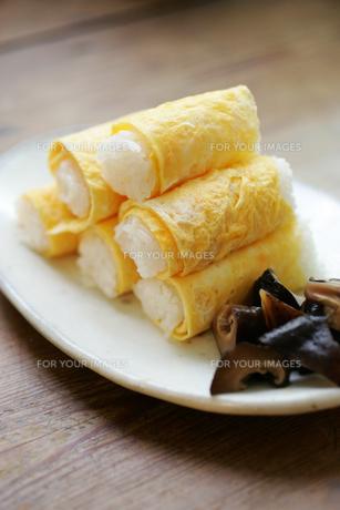 卵の巻き寿司の素材 [FYI00092638]