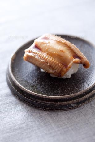 アナゴ握り寿司の写真素材 [FYI00093074]