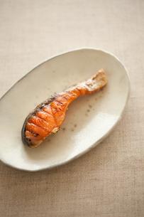 塩鮭の写真素材 [FYI00093341]