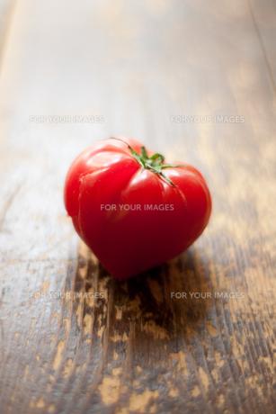 ハートのトマトの素材 [FYI00093382]