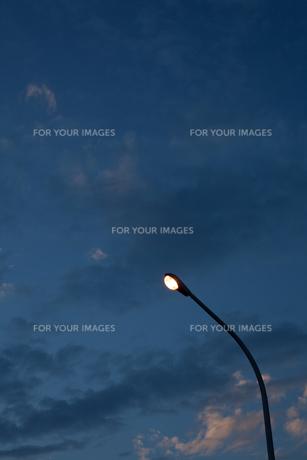 街灯の素材 [FYI00093490]