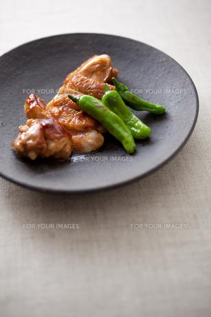 鶏の照り焼きの素材 [FYI00093526]