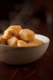里芋の煮物の素材 [FYI00093827]