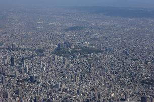大阪北東方向空撮の写真素材 [FYI00094023]