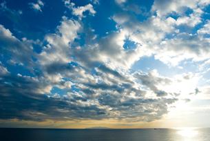城ヶ島より海と空と伊豆大島の写真素材 [FYI00094412]