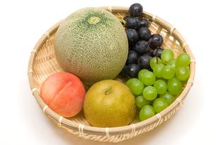 ブドウとメロンと桃と梨の写真素材 [FYI00094527]