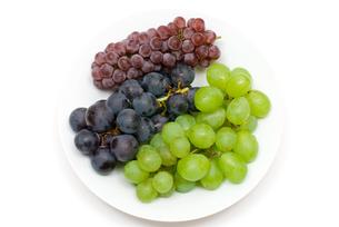 3種類のブドウの写真素材 [FYI00094543]