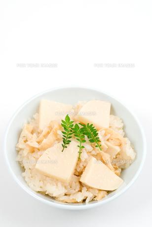たけのこご飯・茶碗盛りの写真素材 [FYI00095406]