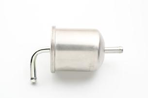 自動車の燃料フィルター(フューエルフィルター)の写真素材 [FYI00096314]