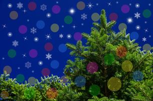 モミの木と光と雪の結晶のイメージの写真素材 [FYI00096732]