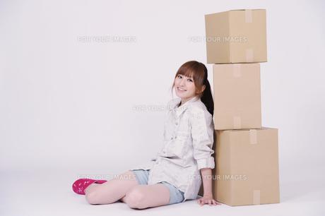 日本人の若い女性の写真素材 [FYI00097629]