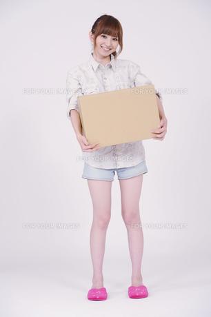 日本人の若い女性の素材 [FYI00097630]