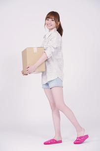 日本人の若い女性の素材 [FYI00097636]
