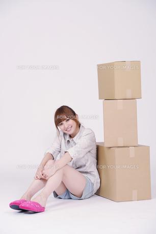 日本人の若い女性の写真素材 [FYI00097644]
