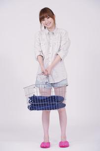 日本人の若い女性の素材 [FYI00097651]