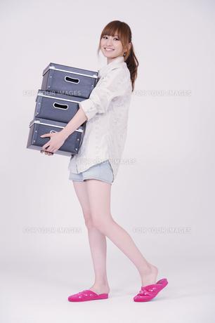 日本人の若い女性の写真素材 [FYI00097666]