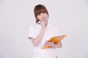日本人の若い女性の写真素材 [FYI00097669]
