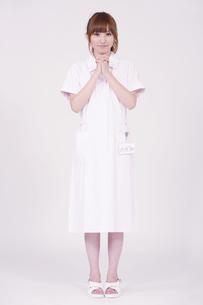 日本人の若い女性の写真素材 [FYI00097670]
