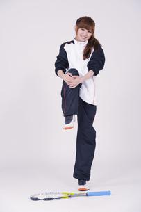 トレーニングウエアを着た女性の写真素材 [FYI00097716]