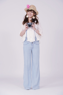 カメラ女子の写真素材 [FYI00097927]