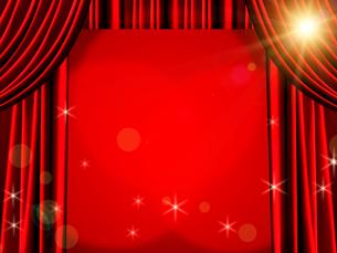 赤いカーテンの写真素材 [FYI00099851]