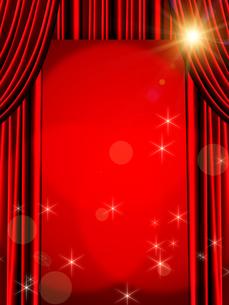 赤いカーテンの写真素材 [FYI00099877]