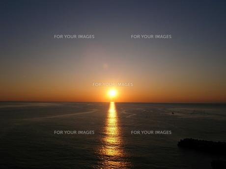 日の出の写真素材 [FYI00100586]