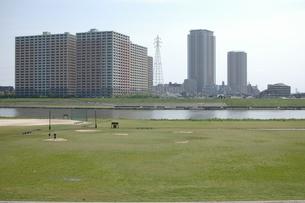 河川敷の風景の写真素材 [FYI00100982]