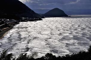瀬戸の白波の写真素材 [FYI00101245]