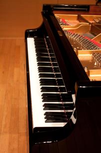 ピアノの写真素材 [FYI00102063]
