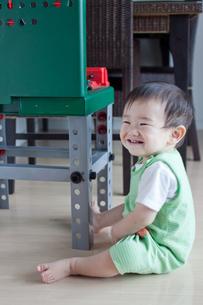 笑う赤ちゃんの写真素材 [FYI00102265]