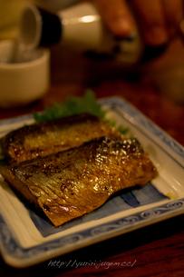 棒鰊と日本酒の写真素材 [FYI00102694]