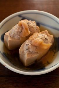 高野豆腐の射込みの写真素材 [FYI00102766]