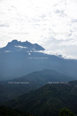 ボルネオ島のキナバル山の写真素材 [FYI00103013]