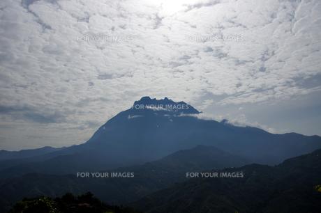 世界遺産のキナバル山の写真素材 [FYI00103056]