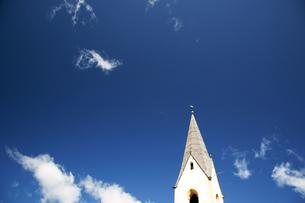 青空と教会塔の素材 [FYI00103224]
