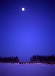 満月の丘の素材 [FYI00103488]