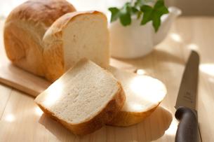 手作り食パンの写真素材 [FYI00103690]