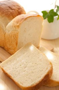 手作り食パンの写真素材 [FYI00103697]